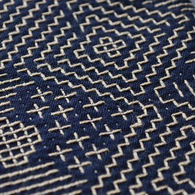 画像2: 十布(テンプ) /  福島の刺子織 大判ハンカチ(ネイビー / オフホワイト)