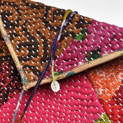 画像3: vintage kantha pouch / ヴィンテージカンタ スクエアポーチ( L )
