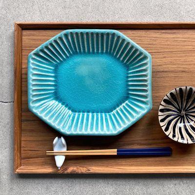 画像1: 雅峰窯 / しのぎ八角皿(トルコブルー)